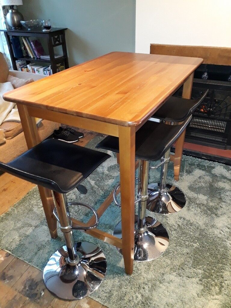 Kitchen Table And Chairs On Gumtree In Hertfordshire