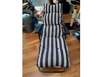 2x garden recliner chairs
