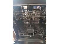 Integrated dishwasher.