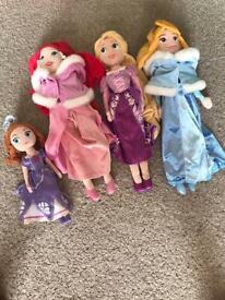 8 soft Disney princess dolls in excellent condition