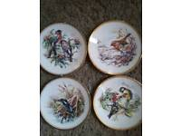 4 collectable Fenton plates