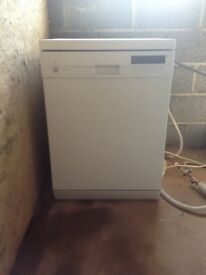 Siemens free standing White dishwasher fully working and in great condition!