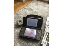 AS NEW DS XL WITH PEN GAMES. AND CHARGER