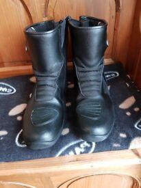 Spada motor cycle boots