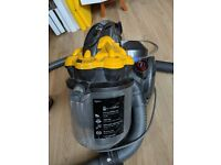 Dyson DC19T2 - Animal Cylinder Vacuum Cleaner
