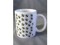 Bumble Bee Ceramic Mug with gift box/Made to order/NEW