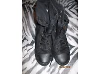BLACK SUEDE EFFECT LACE UP BOOTS WITH HEEL ANKLE HIGH SIZE 8 GREAT BOOTS