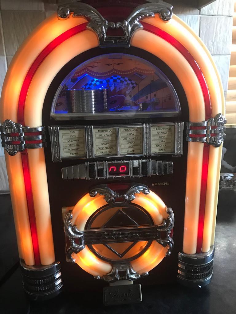 Steepletone Retro Jukebox