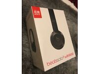 Black Beats Solo 3 Wireless Headphones