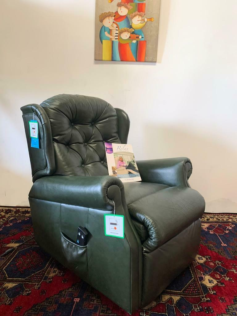 FREE DELIVERY RRP £1800 Ex Demo CELEBRITY WOBURN RISER RECLINER ELECTRIC LEATHER CHAIR | in Llangollen, Denbighshire | Gumtree