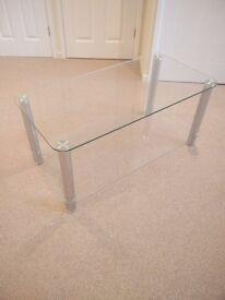 Glass Coffee table and stereo unit in excellent condition