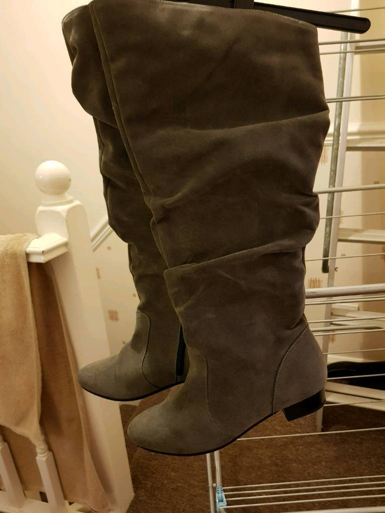 Grey suade knee length boots size 5