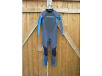 O Neill Wetsuit