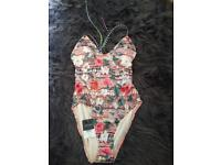 Topshop swimming suit size 6 new with tags