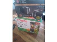Blender, juicer Tower Vitablend and russel hobs toaster, used once only £35 ono
