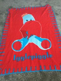 Iggle piggle fleece blanket