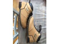 Gents Size 9 Genuine Timberland Boots