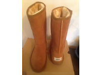 UGG boots size 5 BRAND NEW!