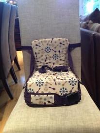 Travel feeding chair - munchkin