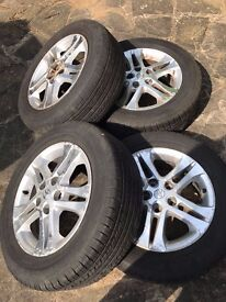 Genuine Toyota Previa 2001.-2008 / Alloy Wheels With good Tyres