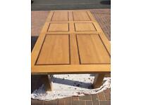 Dinning room tables solid oak new