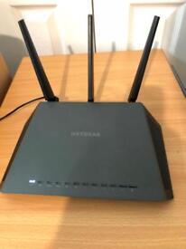 Netgear R7000 Gigabit AC1900 router