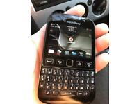 BlackBerry 9720 Vodafone