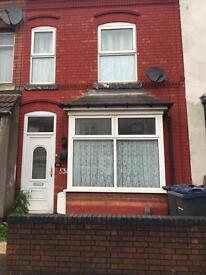3 BEDROOM HOUSE FULLY FURNISHED TO RENT £700