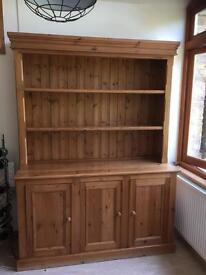 Excellent pine kitchen dresser