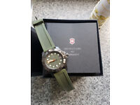 Victorinox Dive Master 500 Olive Green Divers watch