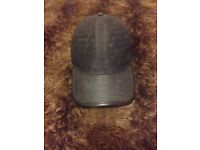 Men's armani cap like new