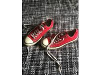 Size 9 red converse all stars
