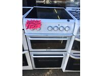 HOTPOINT 50CM CEROMIC TOP ELECTRIC COKKER IN WHITE
