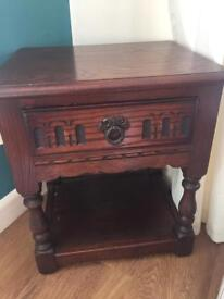 Old Charm phone/lamp/side table