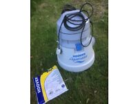 HOOVER AQUAMASTER WET AND DRY CLEANER