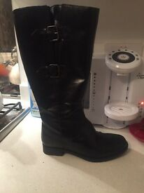 Legroom knee high boots size 5E