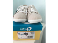 LADIES WIDE FIT CANVAS DB SHOES SIZE 4 NEW WITH TAGS and BOX BEIGE