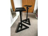 Millennium BS-500 speaker / monitor stands