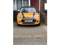 Mini cooper only 17,000 Miles Immaculate Lady Owner