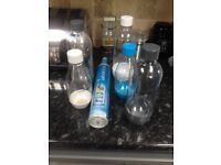 Soda stream barely used with 5 bottles an unopened gas refill