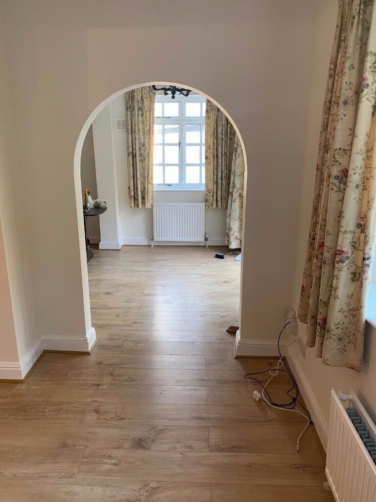 Outstanding Spacious 3 Bed House In Hounslow Part Dss Welcome In Heathrow London Gumtree Home Interior And Landscaping Ymoonbapapsignezvosmurscom