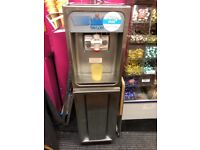 Perfectly working ice cream machine