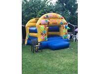 Bouncy castle 9x7