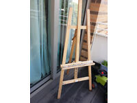 Easel in solid wood