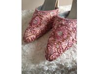 Embroidered bridal shoes Size 6