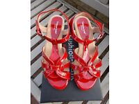 Brand new boxed Cushion Walk red sandals size 6