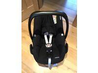 Maxi cosi pebble plus car seat, newborn to 15 months, £35