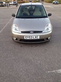Ford Fiesta 1.4 cheap first car Auto 4 door