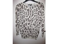 Lovely Angora jumper-white with brown leopard print from Dorothy Perkins