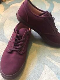 Vans Off The Walls, AMAZING CONDITION, deep purple, size 5.